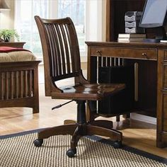 Picture of Banker's Desk Chair with Casters