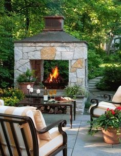 Three-sided fireplace | Gardens Click