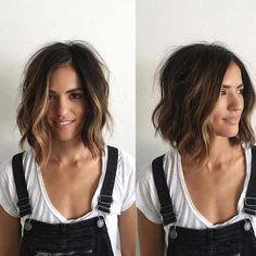 Wellige Kurze Frisuren für einen auffälligen Look #neueFrisuren#frisuren#2017#bestfrisuren#bestenhaar#beliebtehaar#haarmode#mode#Haarschnitte #2018 #bobfrisuren