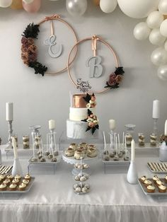 Stunning Winter Wedding Table setting, white with pops of rose gold - Stunning Winter Wedding Table setting, white with pops of rose gold Wedding Reception Ideas Stunning Winter Wedding Table setting, white with pops of rose gold - Gold Wedding Decorations, Bridal Shower Decorations, Table Decorations, Elegant Wedding, Rustic Wedding, Wedding White, Wedding Gold, Deco Buffet, Winter Table