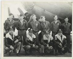 The Crew of B-17 Bomber #42-3488   Sofa nỉ, Mẫu sofa ni dep soloha http://soloha.vn/sofa-ni-dep.html