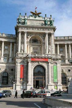 Wien Neueburg Museum Osterreichische Nationalbibliothek Entrance - Viena - Austria