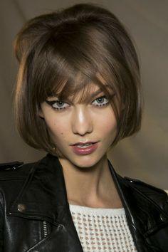 New haircut for my favorite fashion model, Karlie Kloss!