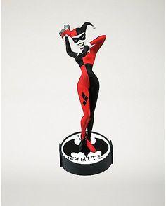 Femme Fatales Harley Quinn Statue Figure - Spencer's