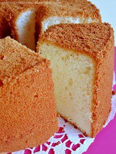 Happy Home Baking: Lemon Chiffon Cake