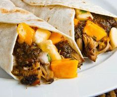 Slow Cooker Jerk Pork Wraps by chefrecipes.es #Wraps #Pork #Slow_Cooker #Jerk