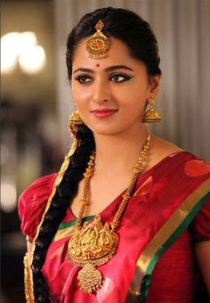 Gorgeous anushka shetty in temple jewellery