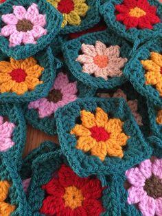 30 Vintage Granny Squares Crochet Flower Hand Made Crochet | eBay