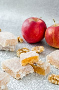 Aplets (Apple Walnut Turkish Delight) |   1/3 cup apple cider (or apple juice) 2 Tbsp cold water 1 Tbsp lemon juice 2 Tbsp gelatin (2 packets) 2/3 cup apple cider (or apple juice) 1 1/2 cups sugar 1 cup walnuts, chopped confectioner's sugar, for dusting
