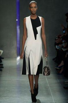 Bottega Veneta | Fall/Winter 2014 Ready-to-Wear Collection via Designer Tomas Maier | Modeled by Leila Nda | February 22, 2014; Milan