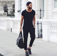 All black outfit for men best mens fashion, men fashion 2017 summer, fashio Mens Fashion Blog, Best Mens Fashion, Fashion Mode, Mens Fashion Suits, Fashion 2017, Fashion Styles, Fashion Advice, Fashion Menswear, Fashion Outfits
