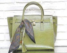 ITALIAN Manifatture Campane KATY SATCHEL BAG locket Green Leather Tote Croc  | Clothing, Shoes & Accessories, Women's Handbags & Bags, Handbags & Purses | eBay! #manifatturecampane #satchel #totebag #classicstyle #kellybag #birkinstyle #birkin #leatherbag #leathertote #ebay