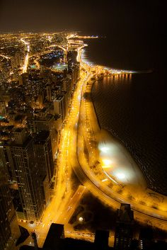 Earth Hour Chicago 2010, via Flickr.