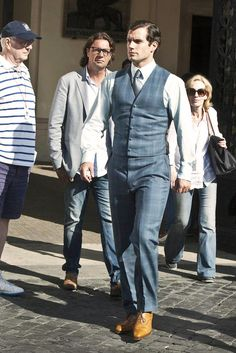 """henrycavilledits: """" Henry Cavill with his parents in Rome """""""