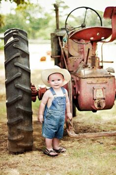 Little man and the old tractor.  .#Jorgenca