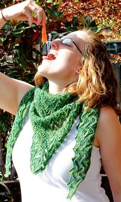 Nori shawl : Knitty Spring+Summer 2013 - next time I get near some Mad Tosh sock yarn....