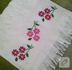 This Pin was discovered by Ümm Cross Stitch Borders, Cross Stitch Flowers, Counted Cross Stitch Patterns, Cross Stitch Charts, Cross Stitch Designs, Cross Stitching, Towel Embroidery, Embroidery Stitches, Embroidery Designs