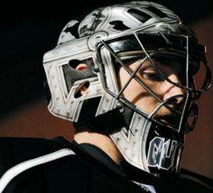 Jonathan Quick, LA Kings-hope he recovers well! Hockey Goalie, Hockey Teams, Hockey Players, Ice Hockey, Hockey Stuff, Sports Teams, New York Rangers, New York Giants, Jonathan Quick