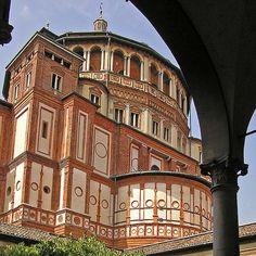 Milano:Santa Maria delle Grazie vista dal chiostro....view from the cloister - Bramante