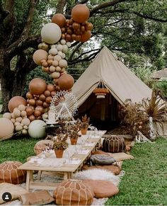 had an amazing vendor list for this two year old's birthday party. How chic is this table seating! Tap for vendor credits Balloon Decorations, Birthday Party Decorations, Party Themes, Party Ideas, Party Fun, Party Decoration Ideas, Diy Ideas, Picnic Birthday, Birthday Parties