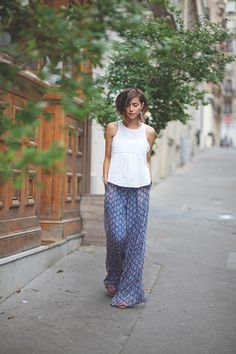 Is this the perfect palazzo pants outfit? You gotta Love that...