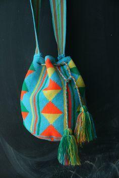 Mochila Wayuu - Teal, orange, yellow multicolor