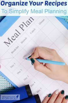Meal planning is so important – it helps you save time, money, and makes meal prep so much easier! Organizing your recipe collection will make it even easier to prepare healthy meal plans for you whole family and cut down on household clutter!