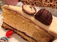 Kinder meglepetés torta, a könnyed finomság! Nutella, Cheesecake, Food, Mascarpone, Cheesecakes, Essen, Meals, Yemek, Cherry Cheesecake Shooters