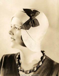 Flapper Woman in Cloche Hat Vintage 1920s Photo   eBay