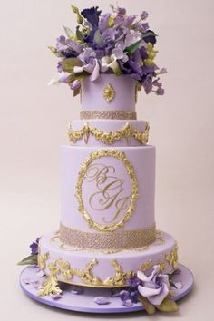 Daily Wedding Cake Inspiration from Ron Ben-Israel Cakes Elegant Wedding Cakes, Elegant Cakes, Beautiful Wedding Cakes, Gorgeous Cakes, Wedding Cake Designs, Pretty Cakes, Amazing Cakes, Fondant Wedding Cakes, Fondant Cakes