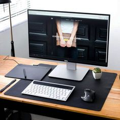 Leather Desk Mat Pad Mouse Pad Gifts for men Anniversary Home Office Setup, Home Office Design, Office Desk, Office Designs, Desk Redo, Desk Setup, Leather Desk Pad, Pad Design, Design Desk