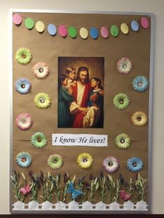 This would be a cute idea to change the pictures for Holy Week & then put scriptures in the center of the flowers - 35 best Relief Society Ideas images Easter Bulletin Boards, Christmas Bulletin Boards, Classroom Bulletin Boards, Classroom Door Displays, School Displays, Christmas Art For Kids, Relief Society Activities, Board Decoration, Birthday Calendar