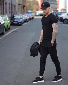 3 Crazy Tips Can Change Your Life: Urban Wear For Men Shoes urban fashion jeans shoes.Urban Wear For Men Shoes urban fashion teen girls. Mode Outfits, Casual Outfits, Fashion Outfits, Fashion Advice, Fashion Styles, Fashion Ideas, Queer Fashion, Tomboy Outfits, Fashion Edgy