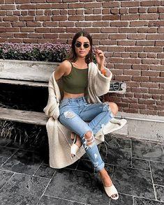 64 Ideas how to wear crop tops summer boyfriend jeans for 2019 Jean Outfits, Fall Outfits, Summer Outfits, Cute Outfits, Fashion Outfits, Boyfriend Jeans, Mom Jeans, Skinny Jeans, Jean Moda