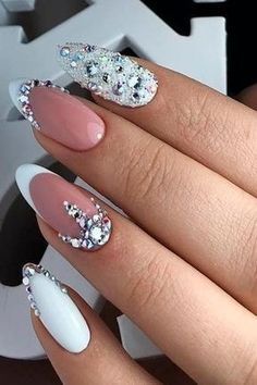 47 Creative Wedding Nails Ideas For Bride - Nails - Nageldesign Simple Wedding Nails, Wedding Nails For Bride, Bride Nails, Wedding Nails Design, Prom Nails, Weding Nails, Bling Wedding Nails, Rhinestone Wedding, Wedding Manicure
