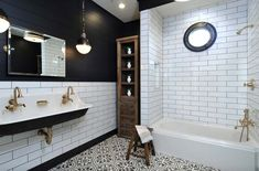 Black beadboard bathroom and brass faucet – Home Decorating Trends – Homedit – Modern Black White Bathrooms, White Bathroom Decor, Black And White Tiles, Bathroom Interior, Small Bathroom, Master Bathroom, Bathroom Ideas, Funny Bathroom, Bohemian Bathroom