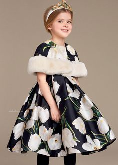 ALALOSHA: VOGUE ENFANTS: Must Have of the Day: Discover the new Dolce & Gabbana girls' White Tulips Print Collection for Fall Winter 2016 2017 and get inspired!