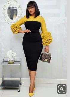 Short African Dresses, Latest African Fashion Dresses, African Print Fashion, African Dress Styles, Classy Work Outfits, Classy Dress, Look Fashion, Fashion Outfits, Woman Outfits