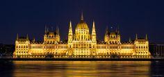 Hungarian parliament by Orsolya Kiss