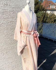 """Today's Coordinate on Instagram: """"Kimono night gown(長襦袢🌸Nagajuban)in der Sonne🌞 Frühling nährt sich... Such Deine Frühlingsfarbe,🌷Deine Blumen,💐und Dein Glück!!🍀Bunte Farbe…"""""""