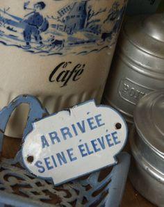 Boutique Nain.de.Jardin Arrivée Seine Plaque émaillée