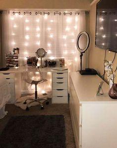 Teen girl bedroom ideas - great teen bedrooms to copy #TeenBedroom #teenbedroomdecor #home #bedroomideas