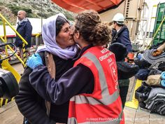 """12 mar 2016 """"#MOAS & @CIS0M crew helping a group of #Yazidi #refugees aboard the #Responder"""""""