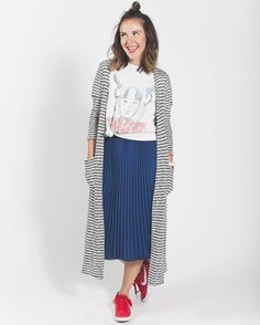 """""""Jill paired her #lularoesarahcardigan , appropriately enough, with the #lularoejillskirt. She dressed down the whole look by adding super casual pieces…"""""""