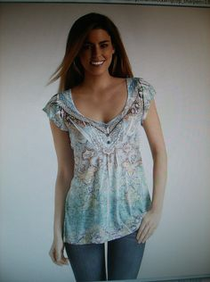 LIVE AND LET LIVE LACE BACK TOP SIZE XL NWT