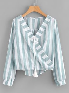Fancy Tops, Trendy Tops, Tie Blouse, Fall Shirts, Western Outfits, Ladies Dress Design, Corsage, Blouse Designs, Blouses For Women