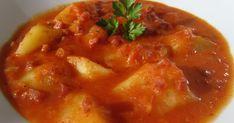 Patatas en salsa de jamón serrano,cocina tradicional.