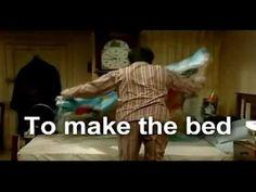 Mr Bean english verbs in action - Mr Bean - Zu spät aufgestanden für den...