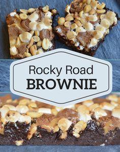 Den ultimativt lækreste Rocky Road brownie, der er ufatteligt svampet og har en fantastisk topping af karamel, skumfiduser og peanuts.