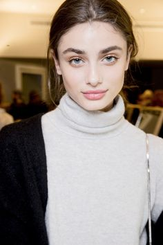 Taylor Marie Hill - Backstage at Emilio Pucci Fall 2015